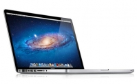 Apple MacBook Pro MD101LL/A 13.3-inch Laptop (2.5Ghz, 4GB RAM, 500GB HD) (Refurbished) by Apple